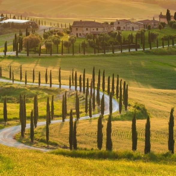 Strada in Toscana Italian hunting traditions and food