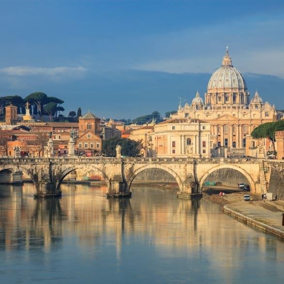 ponte sul fiume Torino Italian hunting traditions and food